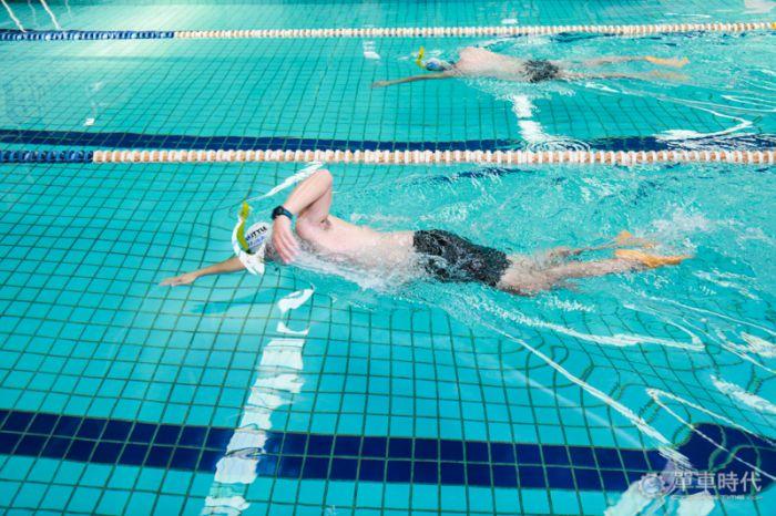 魚式游泳 重心轉換篇單車時代cyclingtime圖片