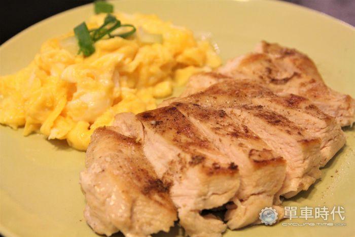 煎的也可以! 健身必備「雞胸肉」料理第二彈