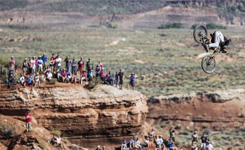 登山車史上最大的前空翻挑戰