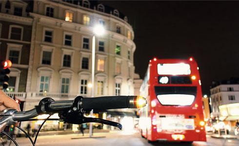 單車上路的方向燈:WingLights