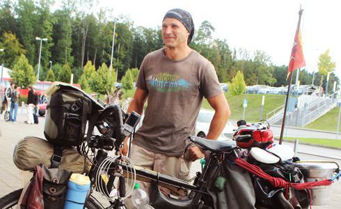 單車時代 - CT神街訪:以單車為家的男人