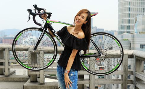 單車上的美模特:王嬿茹(Doris)