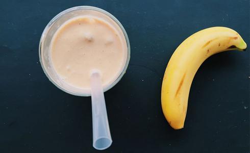 單車時代 - 運動後飲品—香蕉花生奶昔