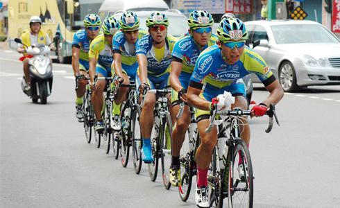 單車時代 - 最稱職的綠葉型車手:曾奕豪