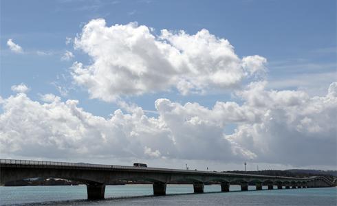 環沖繩不可不玩 古宇利大橋與美麗海水族館