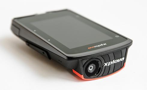 結合行動攝影 智慧型碼錶先行者 Xplova X5評測