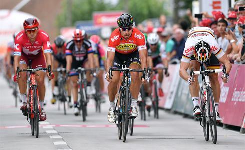 不畏肢體碰撞 Sagan奪Eneco賽事二連勝