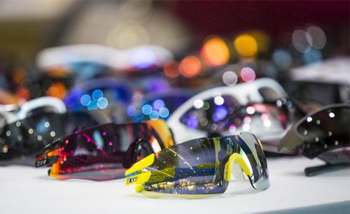 ZIV運動眼鏡 讓你潮到出水