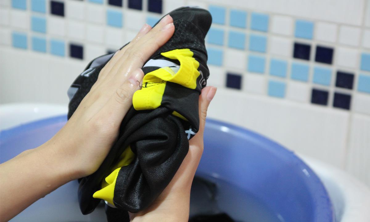 人身部品的清潔小撇步─車衣褲篇