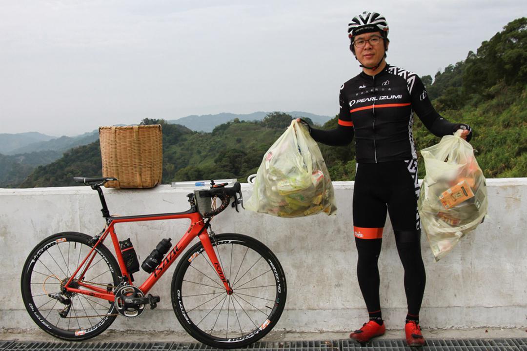 """貼身採訪 和""""日本人的歐吉桑""""騎上136 守護最愛的山路"""