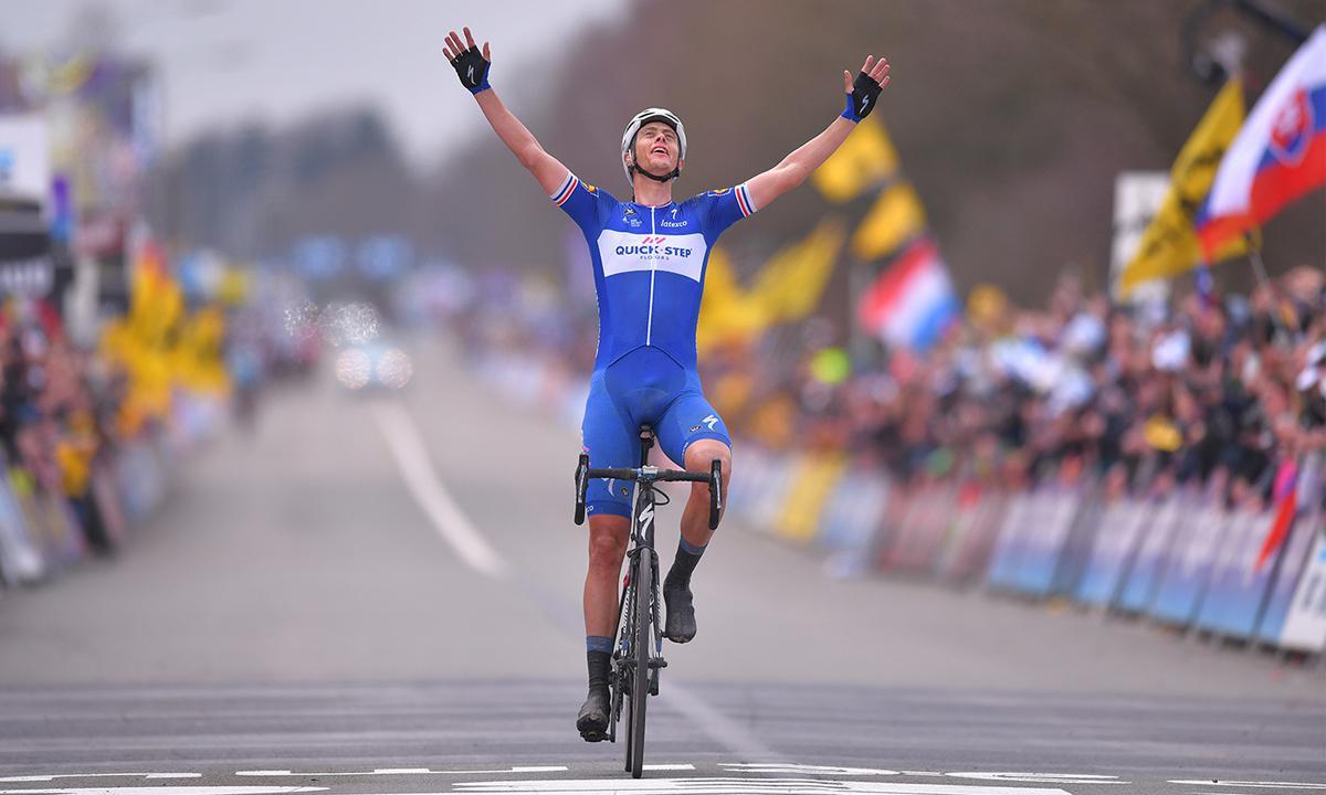 快步车队大军压境 助Terpstra豪夺环法兰德斯冠军奖盃