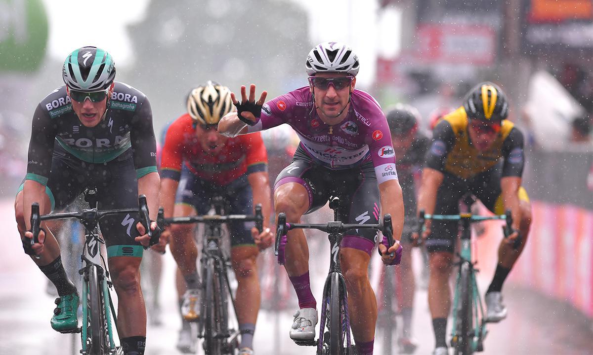 環義十七站 Viviani踩在對手背上迎接第四勝