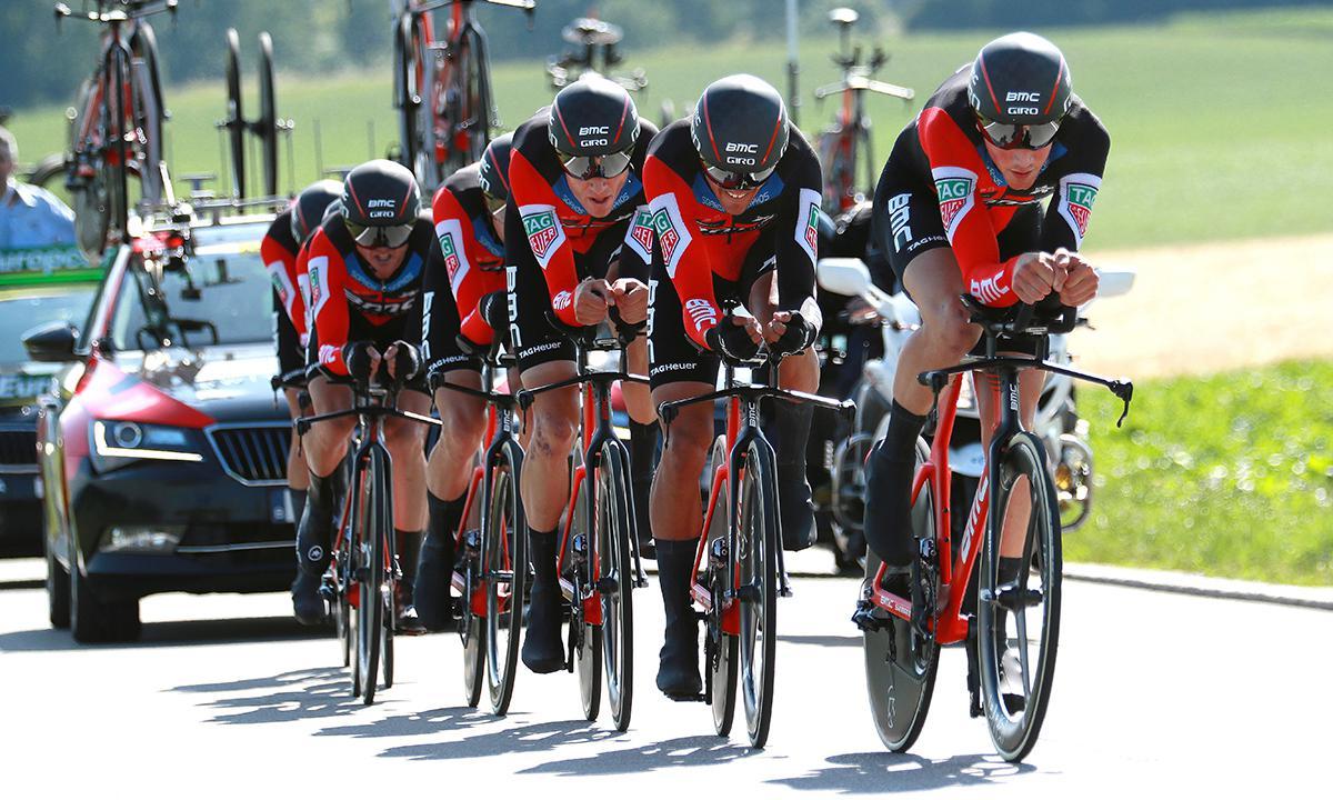 時速54公里飛快前進 BMC車隊贏得環瑞士首站