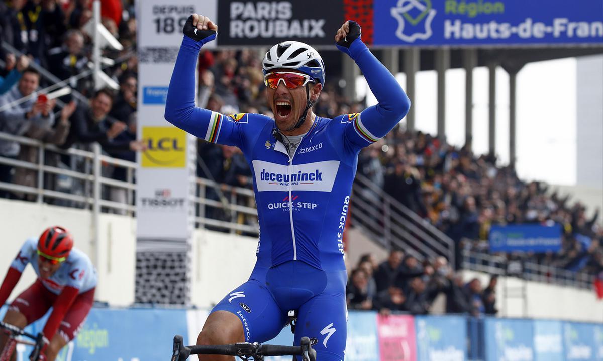 36岁老将Gilbert经验取胜 抱回巴黎-卢贝石板奖盃