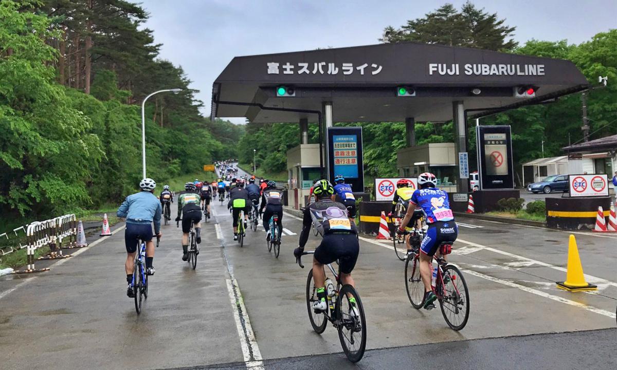 富士山(上)必來聖地萬人騎聚日本聖嶽