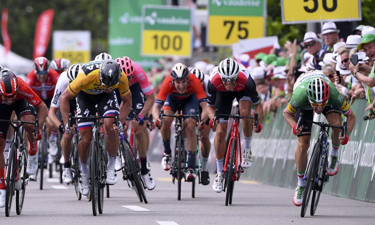 贴身对决 Viviani力压Sagan入手环瑞士第四站